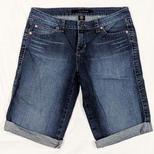 Calvin Klein Jean shorts (C4)